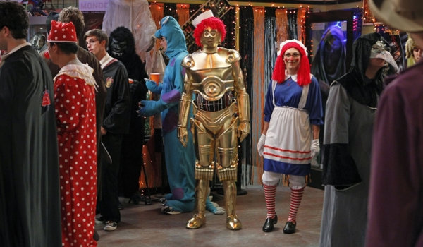 big-bang-theory-hologrpahic-excitation-raggedy-c3po