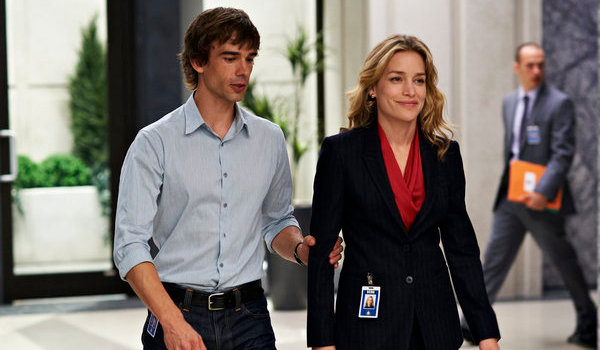 covert-affairs-man-in-the-middle