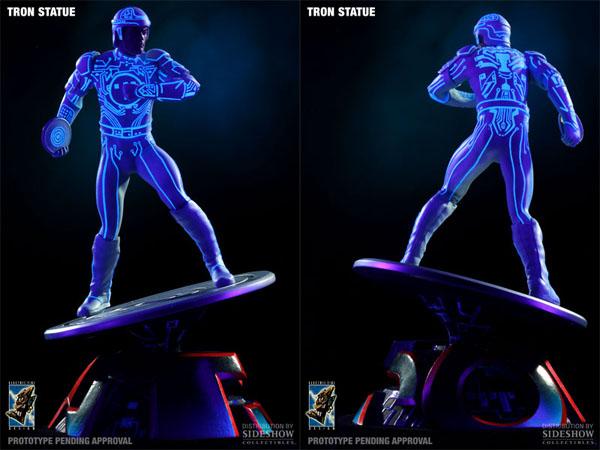 tron-black-light-statue