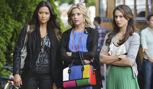 pretty-little-liars-shes-better-now