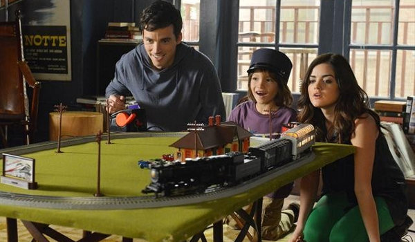 Pretty Little Liars - Out of Sight, Out of Mind