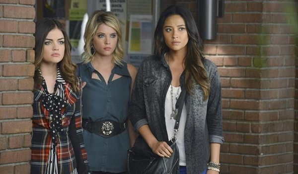 Pretty Little Liars - What Becomes of the Broken Hearted