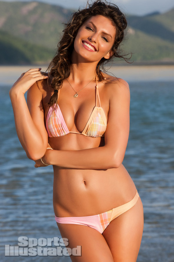http://www.razorfine.com/wp-content/uploads/2013/04/alyssa-miller-sports-illustrated-2013-05.jpg