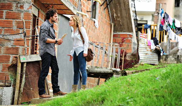Covert Affairs - Into the White