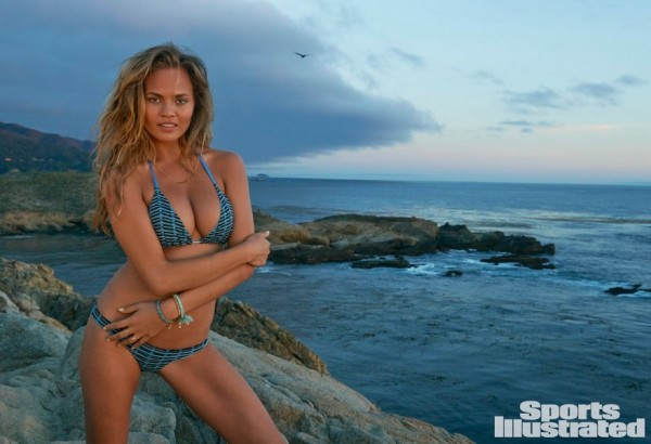 Sports Illustrated 2015 Swimsuit Cover Model - Chrissy Teigen