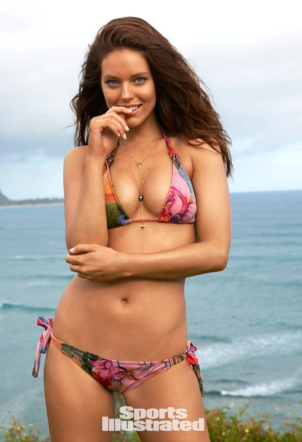 Sports Illustrated 2015 Swimsuit Model – Emily DiDonato