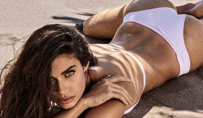 Sara Sampaio – GQ Spain (July/August 2016)