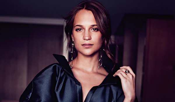 Alicia Vikander - Sunday Style (July 2016)