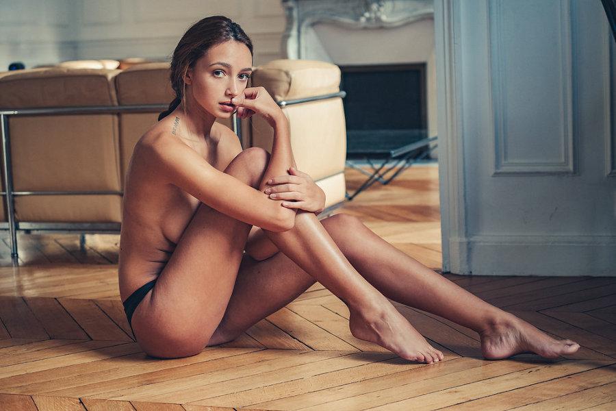 Josephine Lecar - The Deluxe Magazine (2016)