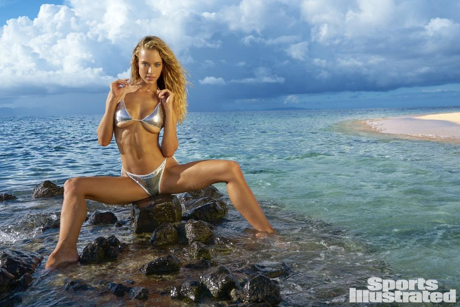 Sports Illustrated 2017 Swimsuit Model - Hannah Ferguson