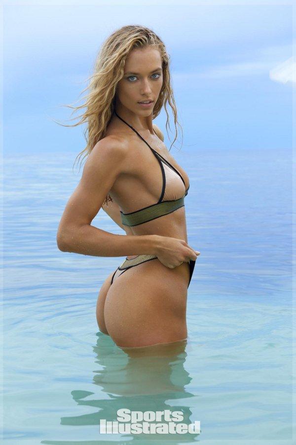 Sports Illustrated 2017 Swimsuit Model - Hannah Ferguson