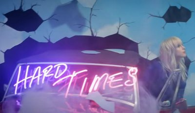 Paramore – Hard Times music video