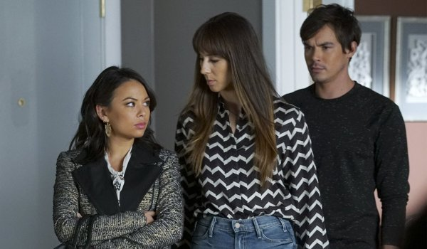 Pretty Little Liars - Driving Miss Crazy / Choose or Lose TV review