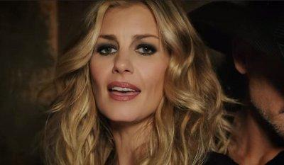 Tim McGraw & Faith Hill – Speak to a Girl music video