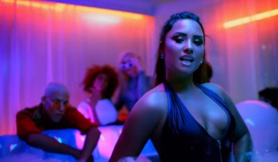 Demi Lovato – Sorry Not Sorry music video