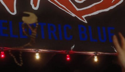 Arcade Fire – Electric Blue music video