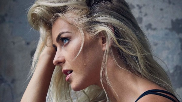 Julianne Hough - Health (November 2017)