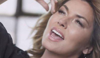 Shania Twain – Swingin' With My Eyes Closed music video