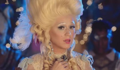 Katy Perry – Hey Hey Hey music video
