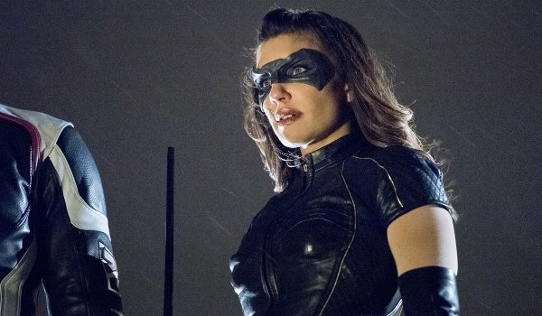 Arrow - Divided / We Fall television review
