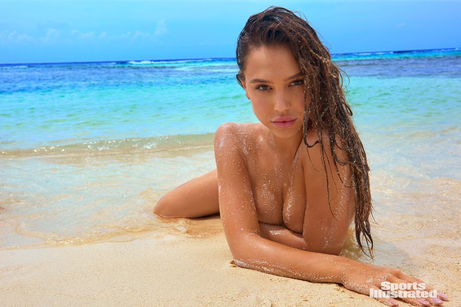 Sports Illustrated 2018 Swimsuit Model Alexis Ren