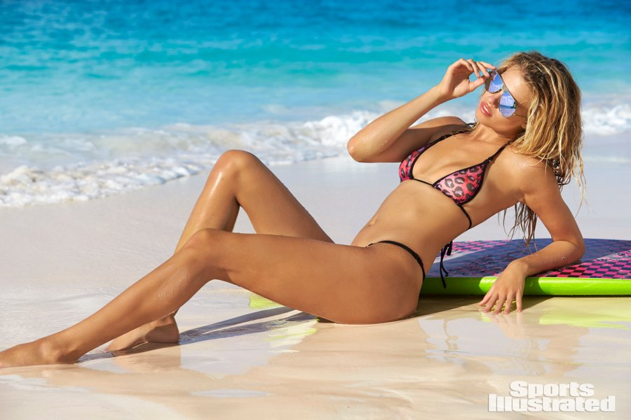 Sports Illustrated 2018 Swimsuit Model Hailey Clauson