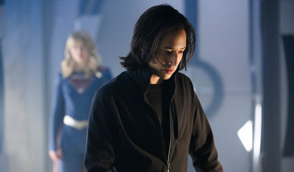 Supergirl - The Bottle Episode television review