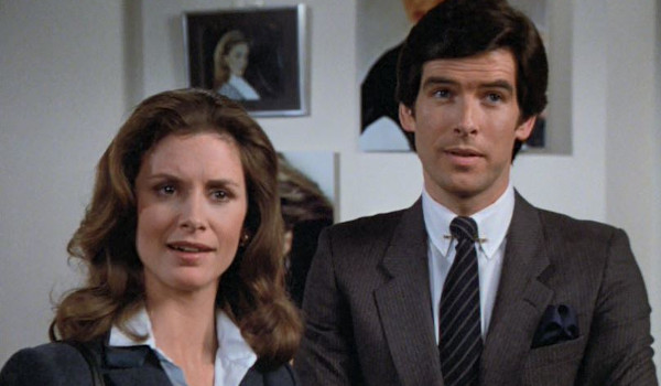 Remington Steele - Steele in the News television review
